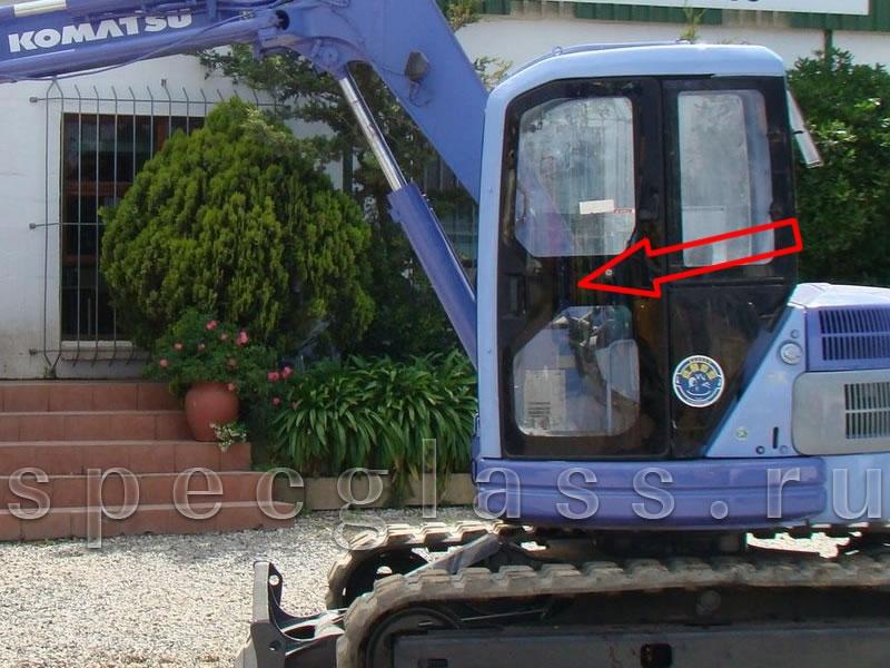Стекло дверное левое для Komatsu PC75