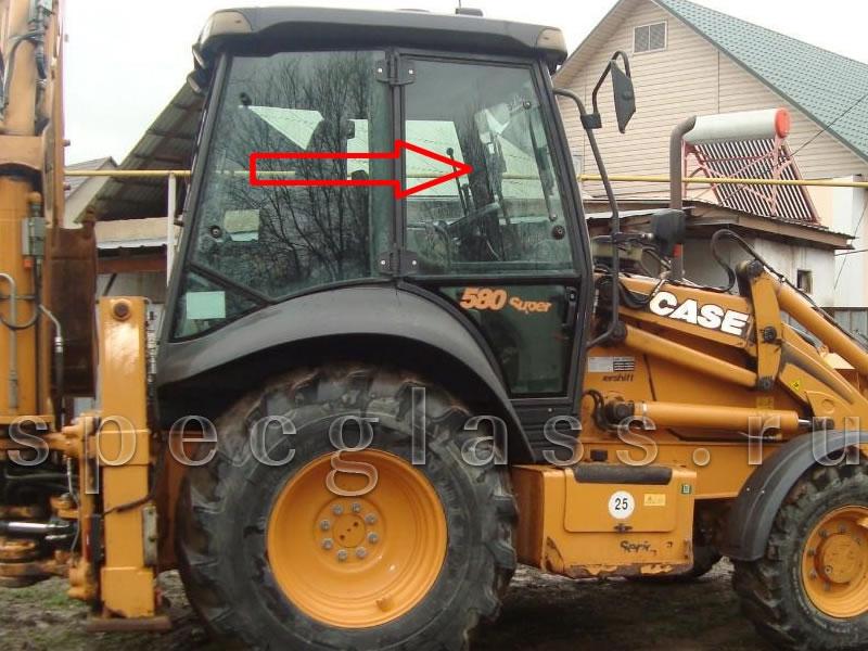 Стекло дверное верхнее правое для Case 580R / 580T / 580SR / 695SR
