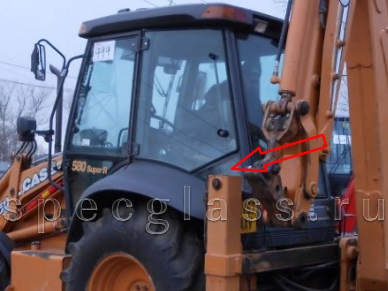 Стекло кузовное нижнее левое для Case 580R / 580T / 580SR / 695SR