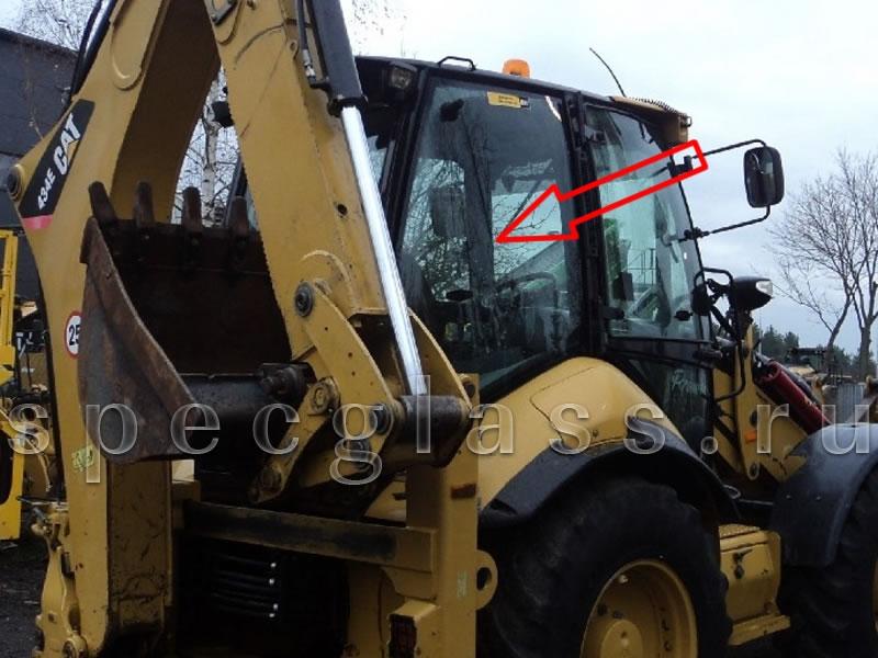Стекло кузовное правое (цельное) для Caterpillar 428e / 432e / 434e / 444e / 428f / 432f / 434f / 444f