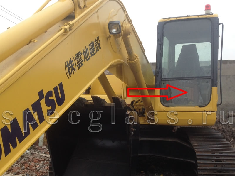 Стекло лобовое нижнее для Komatsu PC200-7 / PC220-7 / PC300-7 / PC400-7 / PC750-7 / PC800-7