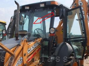 Стекло лобовое верхнее для Case 580R / 580T / 580SR / 695SR