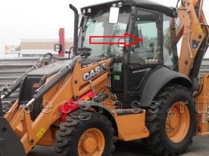 Стекло дверное верхнее левое для Case 580R / 580T / 580SR / 695SR