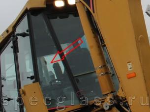 Стекло кузовное заднее левое для Caterpillar 428D / 432D