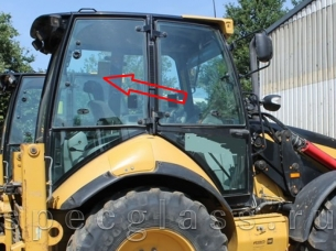 Стекло кузовное правое верхнее для Caterpillar 428e / 432e / 434e / 444e / 428f / 432f / 434f / 444f