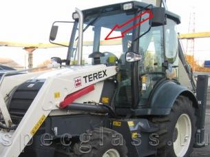 Стекло лобовое верхнее (триплекс) для Terex 840 / TLB840 / 890 / TLB890