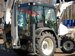 Стекло кузовное правое для Terex 840 / TLB840 / 890 / TLB890