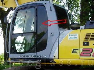 Стекло кузовное левое для New Holland E215B