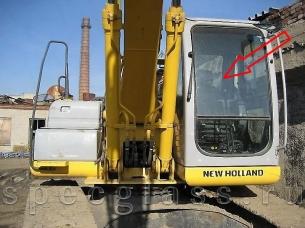 Стекло лобовое верхнее для New Holland SK250 Kobelco
