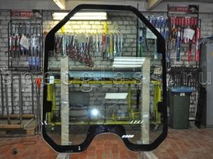 Стекло лобовое для JCB 3 Eco Robot 155 / 225 / 255 / 260 2011- г.в.