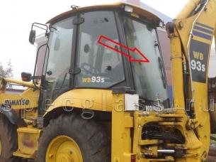 Стекло заднее для Komatsu WB93R-5 / WB97R-5 / WB93S-5 / WB97S-5 / WB93S-5EO / WB97S-5EO 2006- г.в.